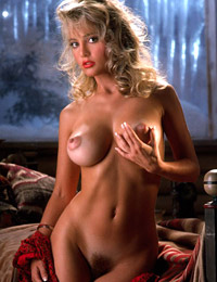 Playmate suzi simpson at playboy