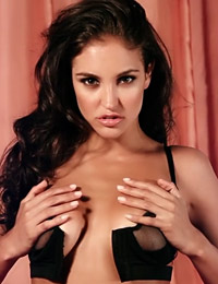 Jaclyn swedberg moulin rose